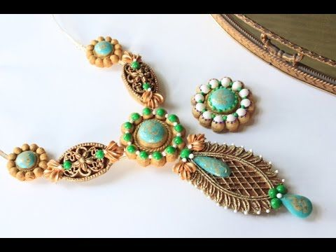 NEW VIDEO: How to Make Embossed Cookie Necklaces with just naked cookies and royal icing transfers, by Julia M Usher