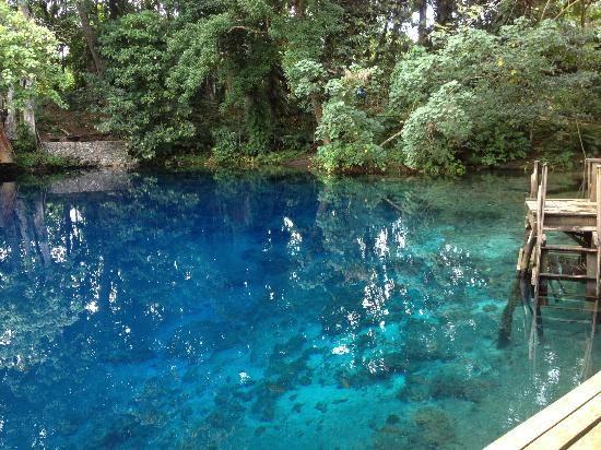 Nanda Blue Hole / Jackies Blue Hole - Luganville, Espiritu Santo, Vanuatu