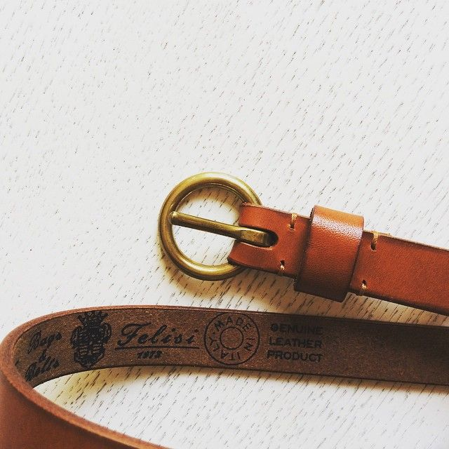 Felisi: dettagli che fanno la differenza // Felisi: attention to details. #felisi #felisibagsandbelts #ferrara #madeinitaly #belt #genuineleather
