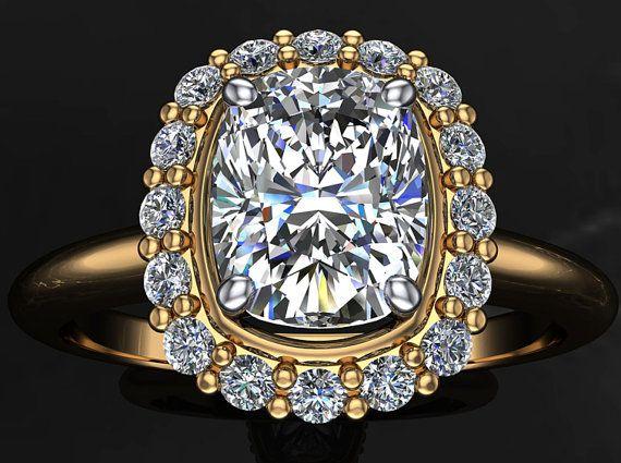 Cojín+de+corte+diamante+Halo+y+anillo+de+por+JuliaPharoBridal