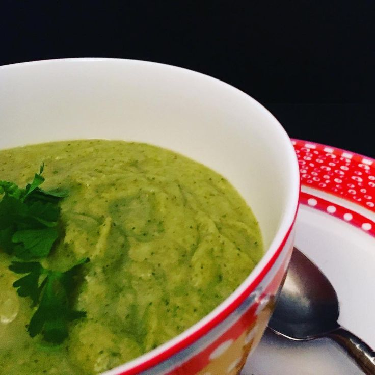 Broccoli soup using all the broccoli - a little stock and plenty of sea salt naturally creamy and addictive #real food #lovefoodhatewaste.