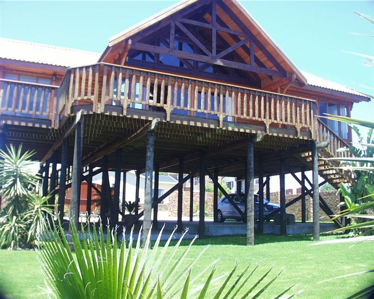 Log Home - The Log Home, sleeping six guests, is ideally located within walking distance of the beach and is great for those wanting a relaxing escape from city life.   This three-bedroom log home, equipped with ... #weekendgetaways #yzerfontein #southafrica