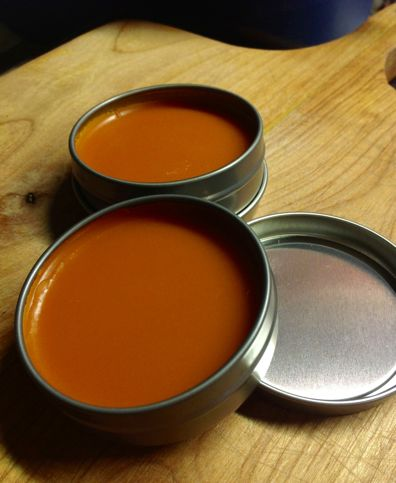 Canadian Crafter: Cayenne Salve for different types of pain:  migraine headaches, arthritis, cramps, bruises, shingles, backaches, diabetic neuropathy