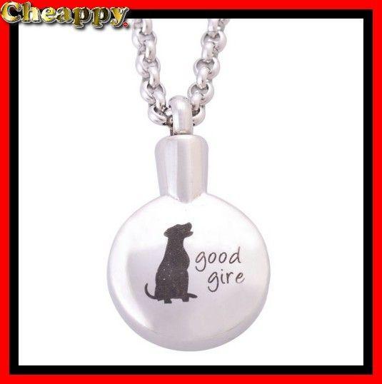 Dit mooie As-medaillon is speciaal voor honden met de tekst