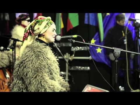 ▶ Dakh Daughters Band euromaidan 2013 - YouTube. 13.12.2013