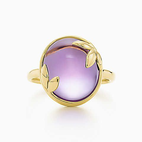 Paloma Picasso® Olive Leaf ring in 18k gold with an amethyst.
