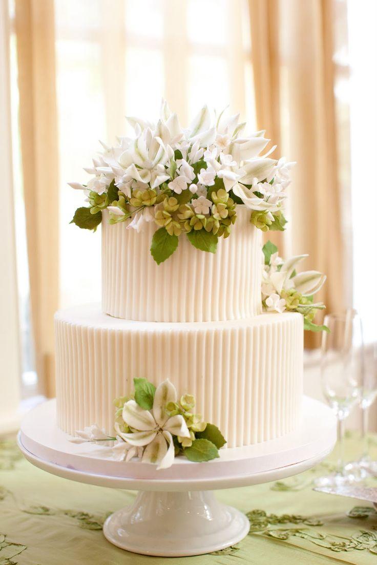 14 best Wedding Cake for Royals images on Pinterest   Royal wedding ...
