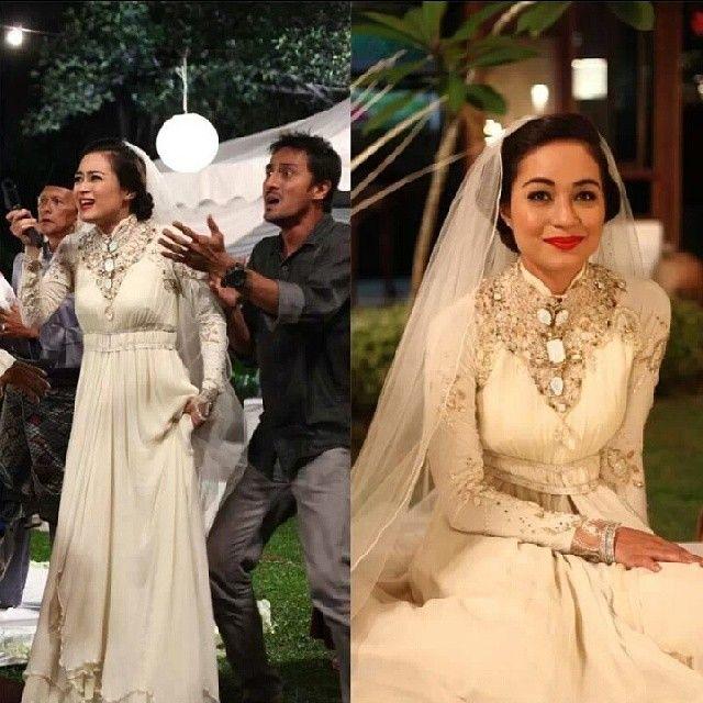 Maya Karin wearing Melinda Looi Ivory wedding dress in #Sejoli Misi Cantas Cinta #melindalooi #melindalooiivory #bridal #bajupengantin #bajuakadnikah