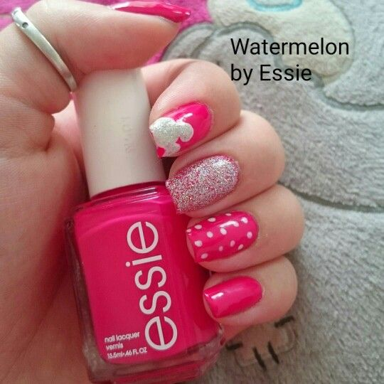 Pink nail polish 'watermelon' by essie