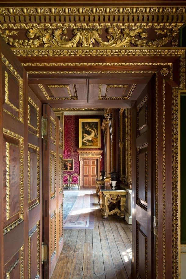 decordesignreview:  Houghton Hall