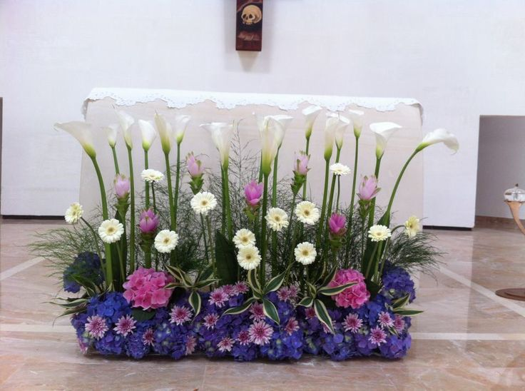 decorazione floreale dell'altare per la comunione - Szukaj w Google