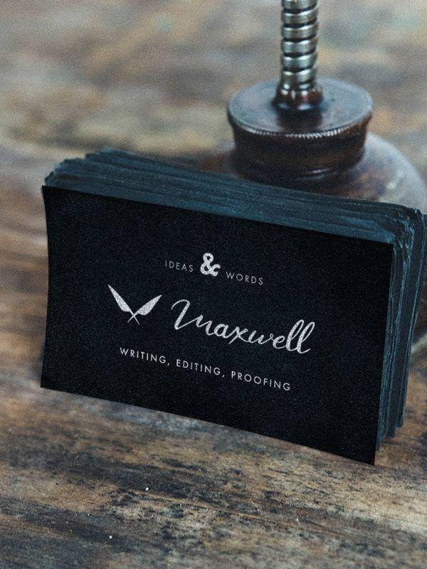 Logotipo Maxwell aplicado a tarjeta de identificación