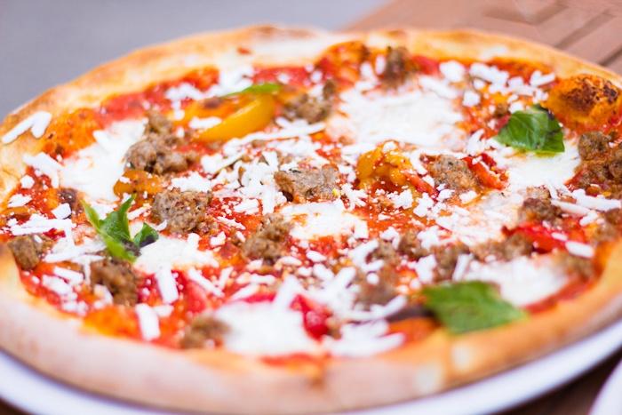 Resto #Pizza. #Toronto #food   http://911resto.ca/