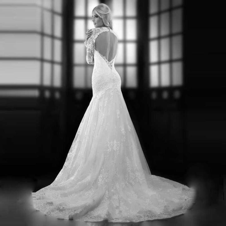 Bruidsjurk sexy fishtail model gemaakt van prachtig kant