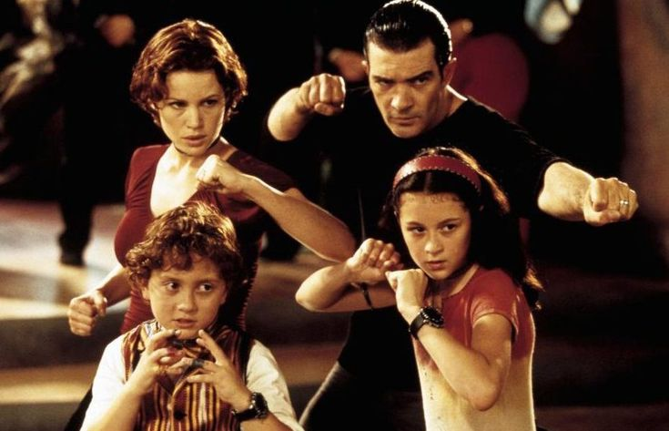 Spy Kids: The 6 Best Spy-Themed Movies For Families  #movies #family #spy