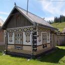 Casele pictate din Ciocanesti Bucovina http://www.hoinari.ro/casele-pictate-ciocanesti-bucovina-11423720040623.php