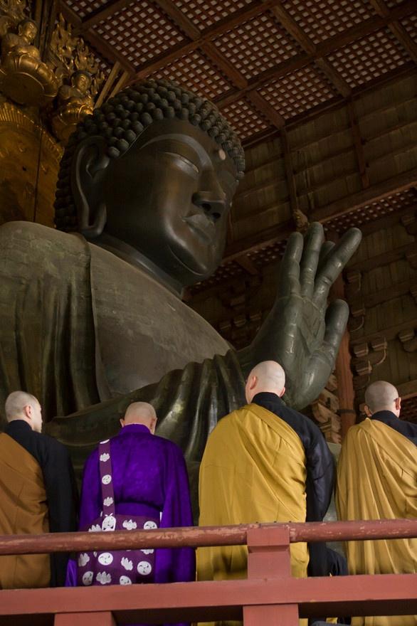 Todai-ji temple, Nara, Japan: http://philhillphotography.photoshelter.com/gallery-image/Japan/G0000TEG3FIBviLo/I0000TmBYkDIukB0