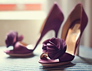 eggplant wedding shoes badgely mischka megan thiele photography i need