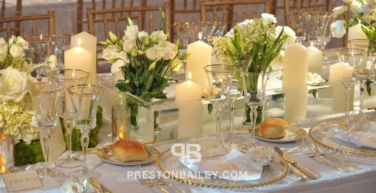 centerpiece flowers long table low centerpieces modern reception table setting wedding color cream color green color white