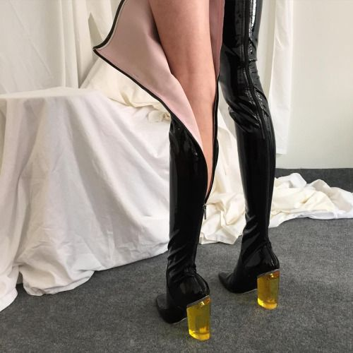 nose1672:  rondraper:  Gagging at my own styling  this is so lusty n cool