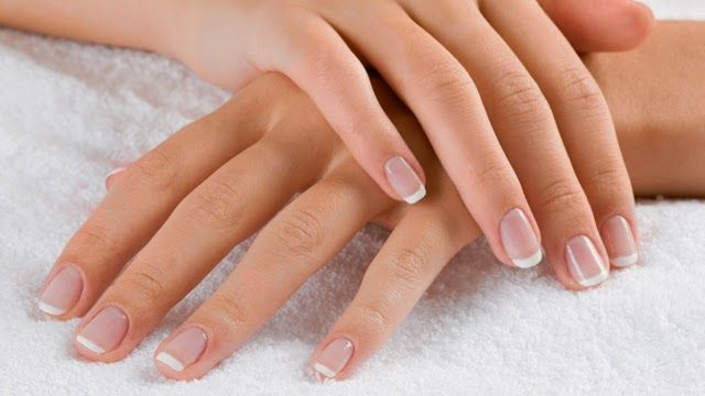 Zig Zac Mania: DIY: How To Do Manicure At Home