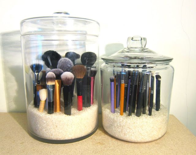 Excellent way to store your makeup brushes, espeically if they are going to be store on top of your vanity or dresser. This prevents the dust from getting on your brushes. You want to be stylish and clean too.