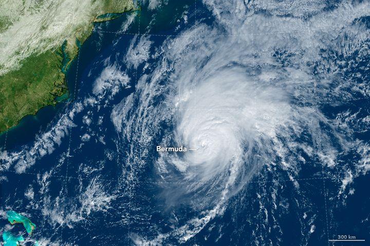 Rare Hurricane Hits Bermuda October 14, 2016