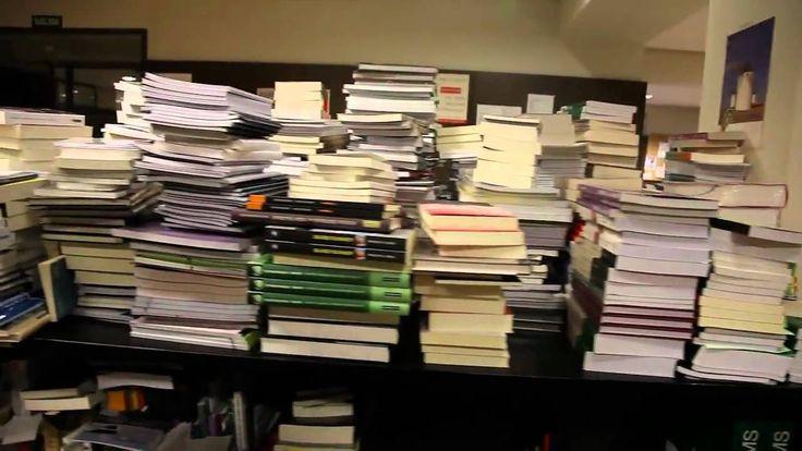 Recorriendo el interior de la Biblioteca Nacional