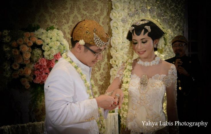 #indonesian #weddings #white