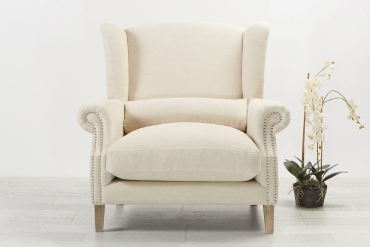 Celeste II Love chair Linen Mignon from Villa Maison #hamptonsstyle #hamptons #interiors #design
