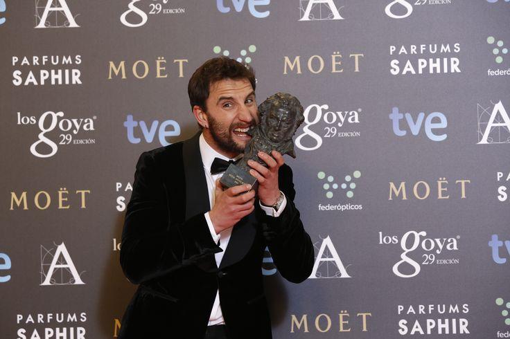 """Premio """"mejor actor revelación"""" Dani Rovira, por ' Ocho apellidos vascos'.  #goya2015 #federopticos #premiados"""