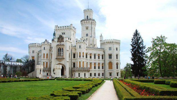 Hluboká nad Vltavou http://www.ehotel.cz/tipy/hluboka-nad-vltavou