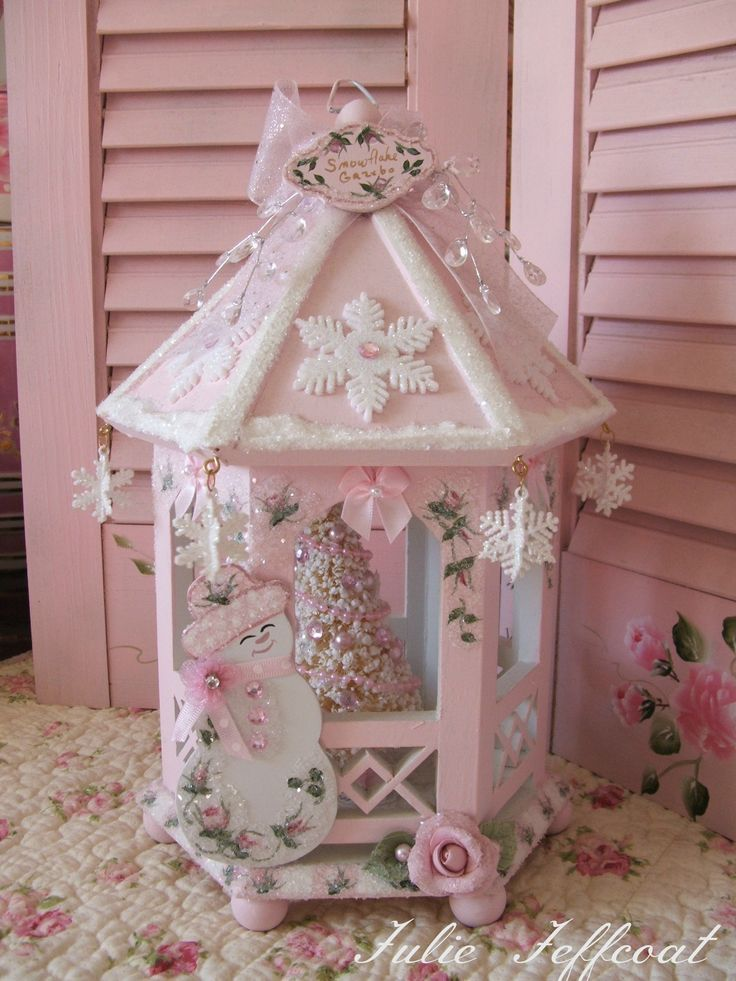 866 best images about pretty pink christmas for momma kt for Shabby chic christmas