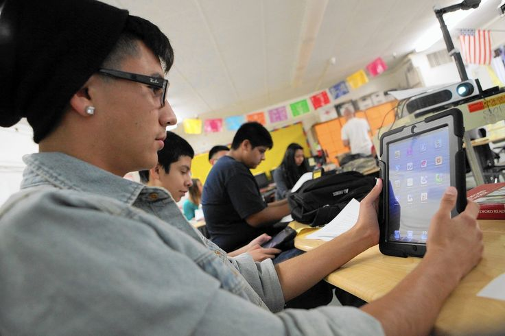 In L.A. Unified races, there's one issue where charter schools and teachers union agree  Charter-school backers and the teachers union are on opposite sides in next week's Los Angeles school board elections. But both sides view the school district's ill-fated and expensive effort to provide iPads to all students as key to victory.  http://www.latimes.com/local/education/la-me-lausd-election-20150513-story.html