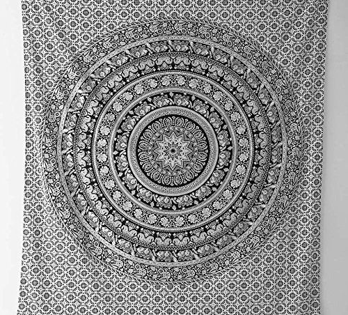 1000 id es sur le th me dortoir hippie sur pinterest for Decoration murale mandala