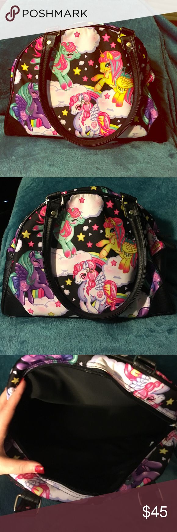 Unicorn purse ⚡️ This purse is super cute but I don't use it anymore. It's a bowling bag shaped purse. Medium sized bag. Used only a few times. Bags Shoulder Bags