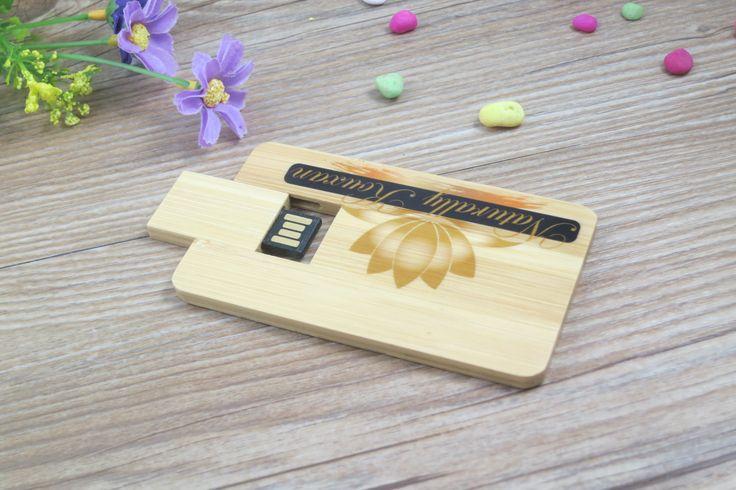 Tarjeta USB personalizada ecológica, fabricada en madera, apta para personalización en color (serigrafía) o grabado láser.