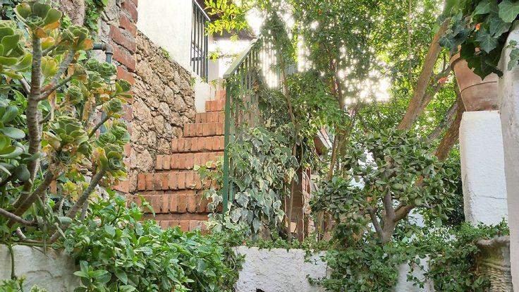 Entrance property