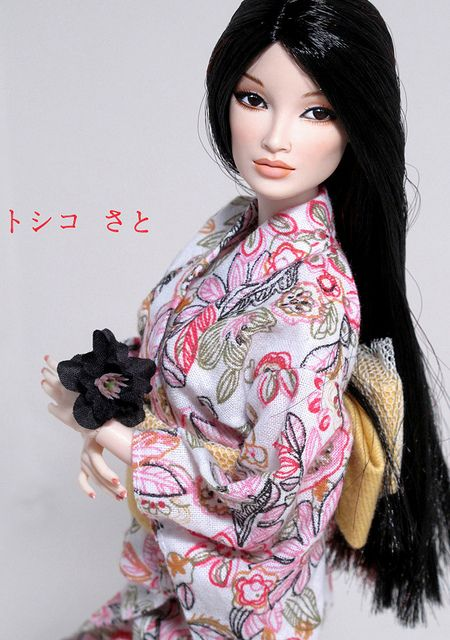 Toshiko by Peewee Parker, via Flickr