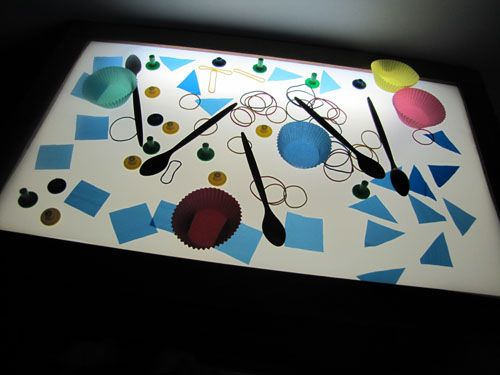 Irresistible Ideas for play based learning » Blog Archive » a fresh look at the light box