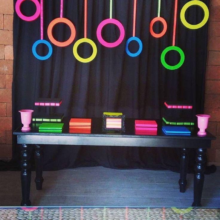 Best 25+ Neon Party Decorations Ideas On Pinterest