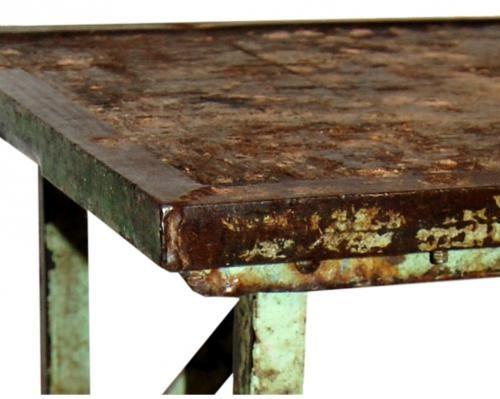 Sidobord trä och järn  - Vintage i gruppen Trädgårdsmöbler / Trädgårdsbord hos…