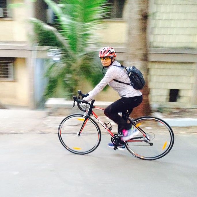 Anuprita Daddi a doctor who works at the Tata Memorial hospital shares with us stories of her daily commute. She cycles from BARC Trombay to her hospital in Parel. It takes her less time on the cycle than it takes in the car. In this part, she tells us how her colleagues who use a motorbike and travel the same route, took more time than her to reach the hospital.   #fitness #Cycle2Work #doctor #cycling #bicycle #cycletowork #mumbai #traffic #airpollution #travel #cycle #woman #health