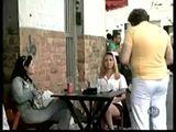 Pegadinha do garçom dotado kkk - Download Video