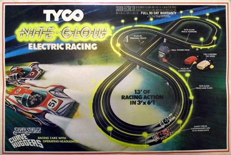 Vintage Tyco Nite Glow Electric Racing Slot Car Set With Silver Streak Curve…