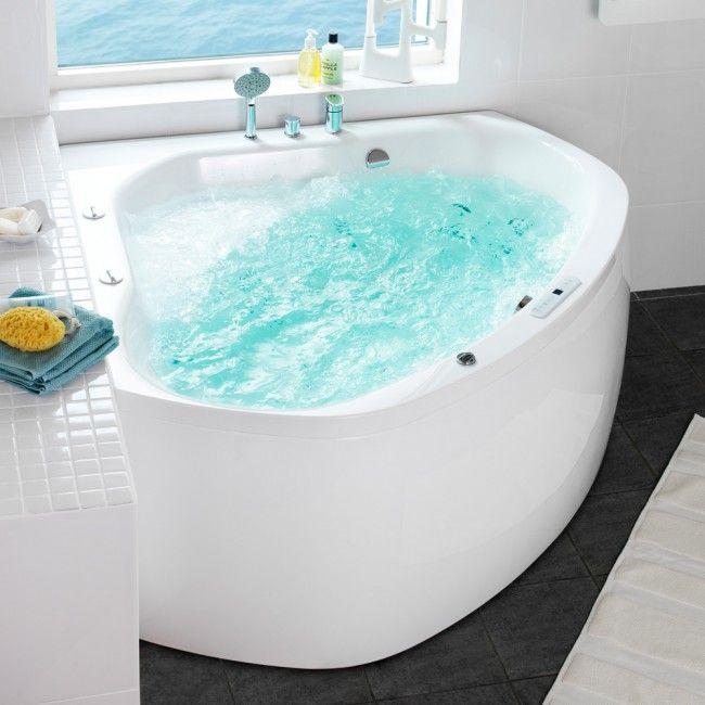 Har du et inne boblebad?  http://handlebad.no/badekar-massasjekar/massasjekar/aqua-140-corner