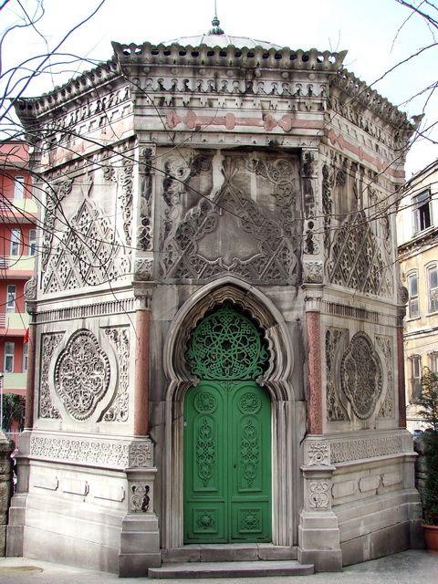 Tomb of Kececizade Fuat Pasa,1869. Sultanahmet, Istanbul, Turkey. (That beautiful door belongs to there.) http://rehberalicelik.com/