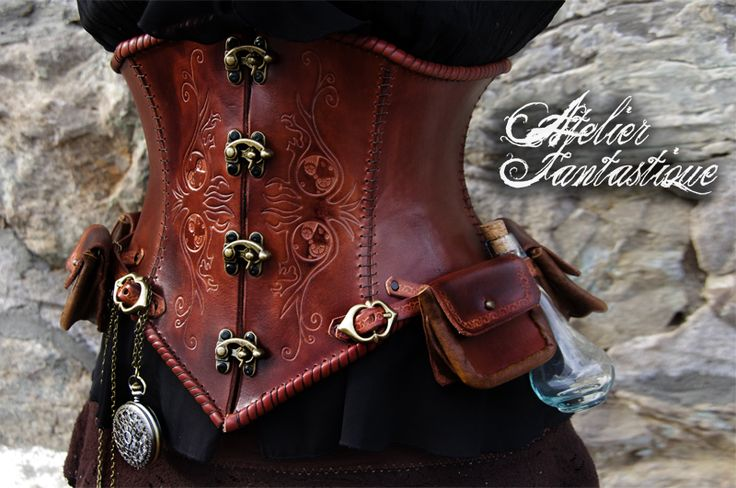 [Daelys Corset] Steampunk leather underbust with pouches, vial and pocketwatch.