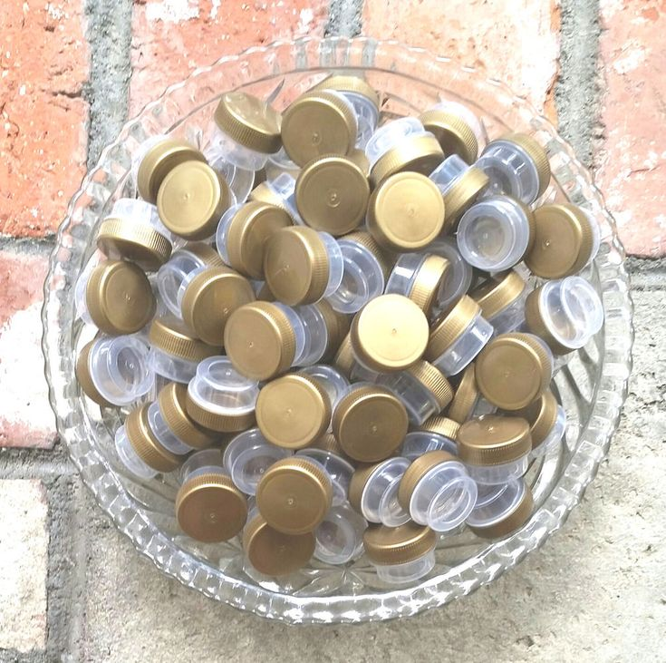 100 TINY PARTY 1 teaspoon Seed herb JARS lip gloss Containers K3301 DECOJARS USA #DecoJarsoldenCap