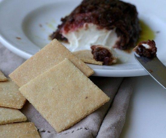 Almond Flour Saltine Cracker #glutenfree #grainfree #paleo